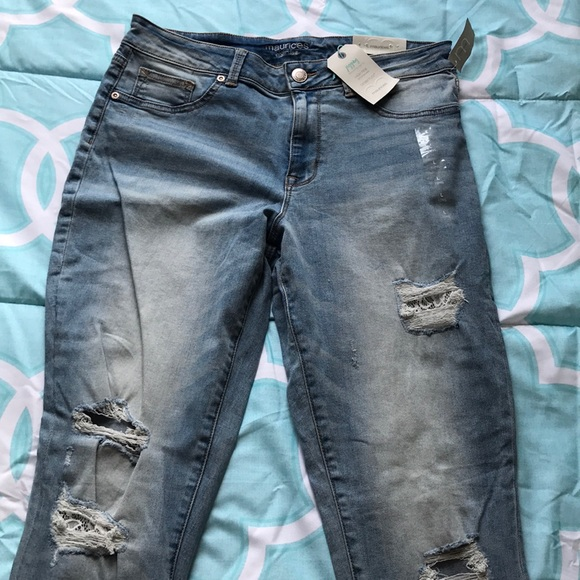 f1441b4d5 Distressed Jeggings with Lace Details NWT